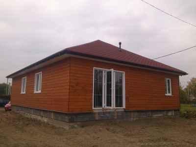 коричневые стены в доме
